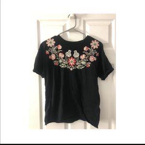 Short Sleeve Flower Embroidered Shirt